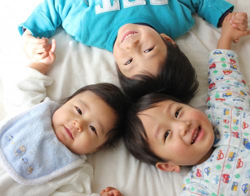 「出産祝いでママが本当に嬉しかったもの15選|男女ベビー別、2人目・3人目ベビー、双子ベビーへのプレゼント|mamae(ママエ)」のアイキャッチ画像