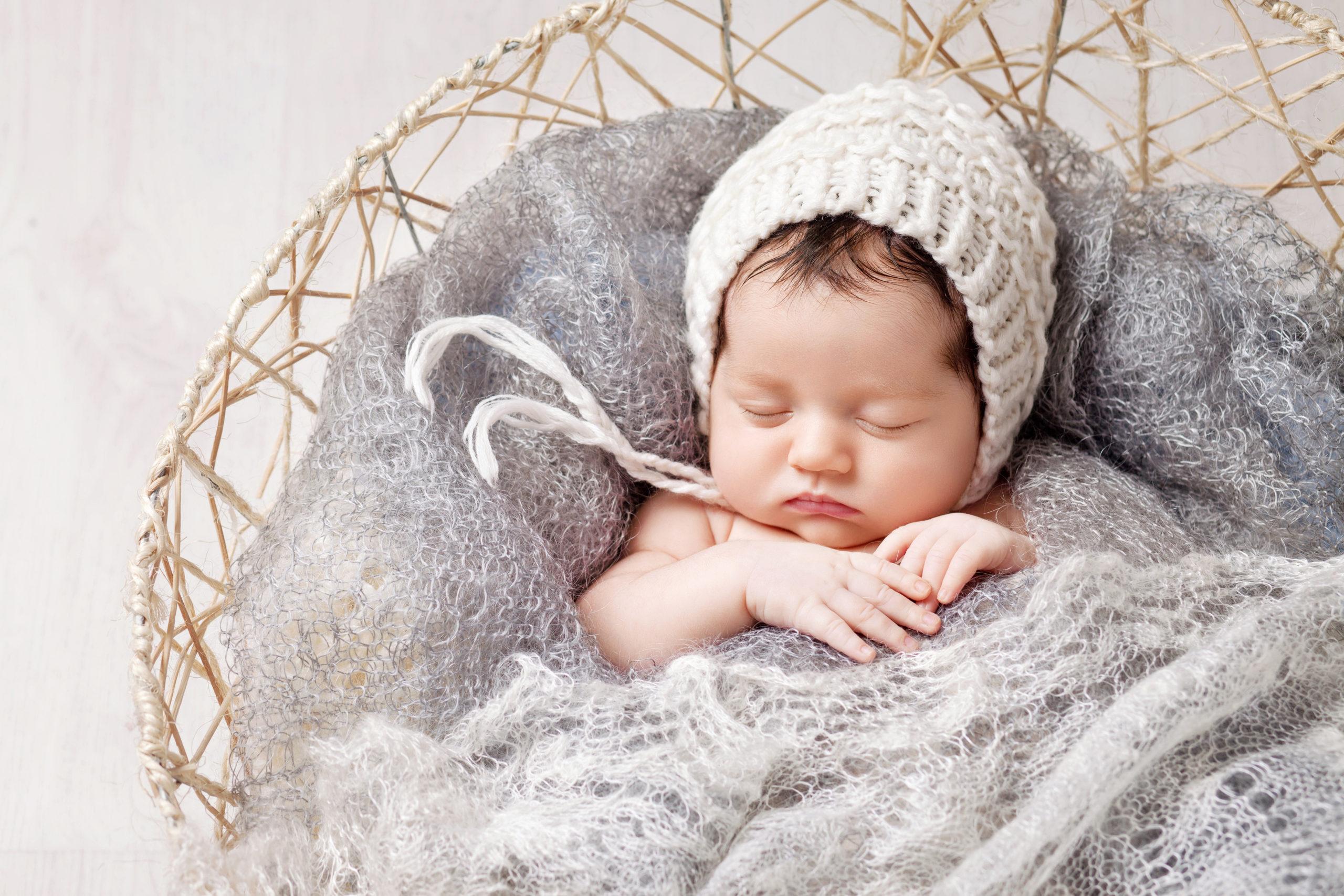 「出産祝いに最適!何枚あってもうれしい女の子用おくるみ」のアイキャッチ画像