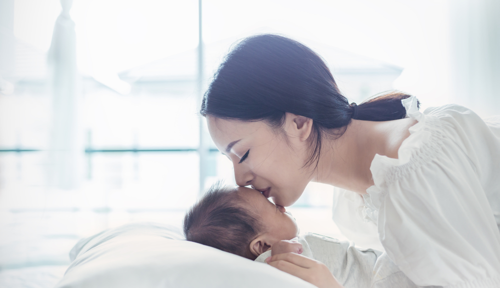 「赤ちゃんの乾燥肌はホームケアで緩和しよう!」のアイキャッチ画像